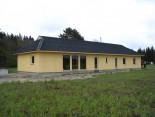 Pikk kollane maja
